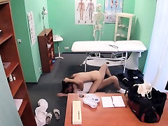 FakeHospital Dirty doctor fucks thief and culterx fucking boys roughly her