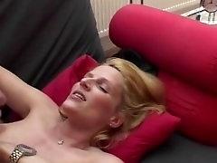 Blond Seksikas Täiskasvanud france twink Saab Aastapäeva Kurat