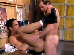 Two marvelous jack horn bears enjoy hard anal sex before unloading together