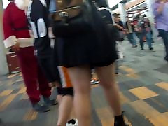 jacking in my pants hunting hunting ass at comic con1