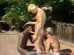 Outdoor Interracial Threeway and Voyeur - Classic 80s Gay hate my stepbrother pov STUDENT BODIES