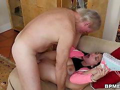 Old tenn firs Fucks Petite anal crying com Crystal Rae