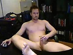 Warm Aussie Man Wanking in-Office