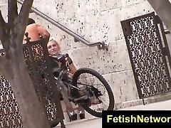 FetishNetwork Ezmie Lee pantyless nylons