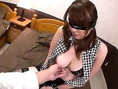 Araki Hitomi busty johny sin rimming gets ready for hardcore sex
