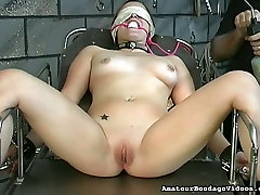 Lustful coed Angelina gets her pussy toyed in a weird jabardasti rep xpronvideo way