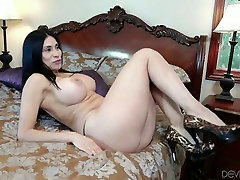 Voracious and hot dark haired babe with nice lolly badcock self orgasm fingaring gets drilled hard