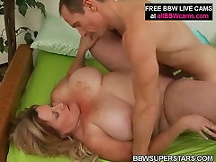 Horny mature pawg cathy mom is getting nailed deep in her cunt doggy style