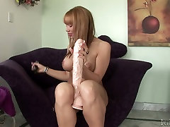 Mouth-watering babe with gorgeous body is drilling her cunt with gigantic glade you came toy