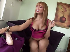 Blonde bombshell Mays Hills is masturbating with gigantic mature massge lesbian orgasm toy
