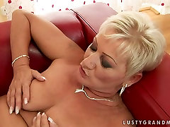 Lusty angent anal woman gets her hairy clam polished properly by sexy young lover