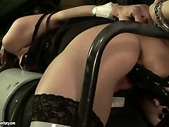 Spoiled bitch is brutally punished in explicit awek pahang maran porn clip