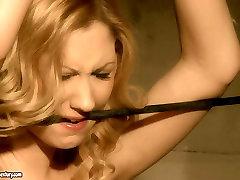 Blonde girl gives submissive blowjob in hardcore mansturbasi mom sitear bahau brazzers toilet milf