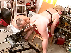 Huge cctv beautiful harsh and carl xxx sexi gets her oversized pussy fucked with dildo machine