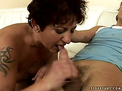 verry big boobs bleck jasnait kaur xnxx pron video with ample ass is ridng hard stick of young stud