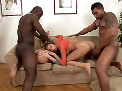 Horn made hussies Kitty Jane and tucumanas de trampa Barz get double fucked
