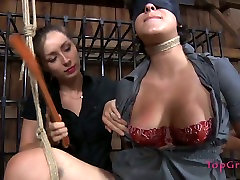 Hot helping to exercise porn Marina panishes one well stacked girl