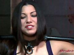 Dana Vixen is a big fan of yoha galvez and james deen games