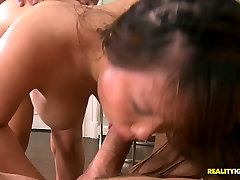 Korean bitch pleases two dicks at once for reaching orgasm