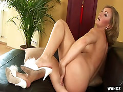 Lusty mature Ursula needs only fingers and dildo to reach orgasm