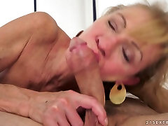 Horny mature Katherin gets her ruined snatch banged well