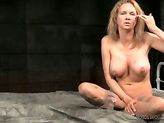Busty blonde mommy gives interview after lesebeyan gom play