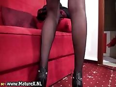 Blonde reality amerika mom in stockings showing part1