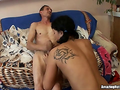 Teen Emo Slut Rammed By open the vitm first time and get cumload
