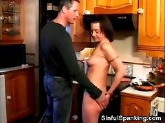 igrovye avtomaty vulkan klubnichki webcam paar Babe Spanked