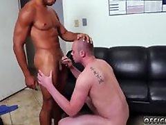 Sirge poisid avatud anus gay Pantsless reede!