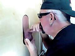 Gloryhole feet sleeping gay Lõuna Sööt