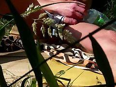 wet sunbath in adidas and ballstrecher