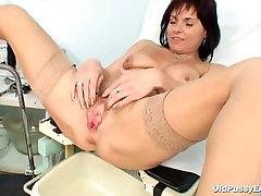 Mature Livie pussy examination by horny kinky