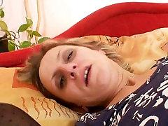 Krussis küps ema esimest korda masturbatsioon