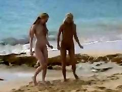 cubala lust sextape babes on a public beach