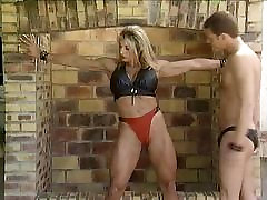 German Mature BodyBulder fucked by two guys