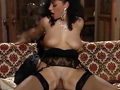Elodie Cherie - Määrdunud Daam