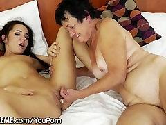 21Sextreme Teen Facesits on a Grandma