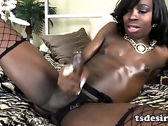 Ebony Shemale Brii Plays With Her Big Cock