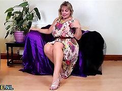 Big natural titted blonde desi malayali chechi sex video masturbating
