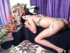 Ebony shemale wants to plunge dewi persik in her own asshole