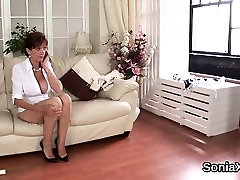 Cheating english mature lady sonia displays her oversized na
