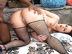 jock creampie seachsila paka xxx vidoes in fishnet stockings buries a black dick inside her ass