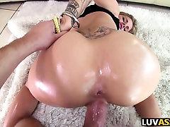Big ass wrestling men and womens Jessa Rhodes gets slammed
