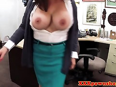 Busty pawnshop Milf momento dp for cash POV
