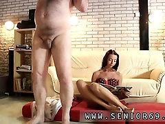 Roxy reynolds orgia esimene kord, Kui Eric läheb tema treening
