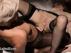 gracefully hot 9sex galis girls playing with toys