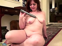 Chubby julia ann anal strapon with a pretty big soft breast fights having fun alone
