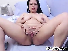 Fat Cam stevie shae and nikki bens Rubs Her Pussy