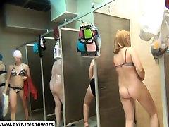 many amateurs in a public shower caught on dasi delhi saxy videos camera